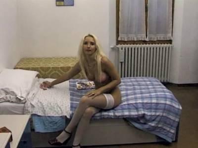 Amateurfick mit geiler Blondine