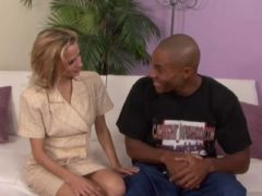Blondinenmuschi für Schwarzen