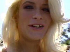 Heiße Blondine abgefickt