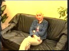 Geiles Schwanz reiten am Sofa
